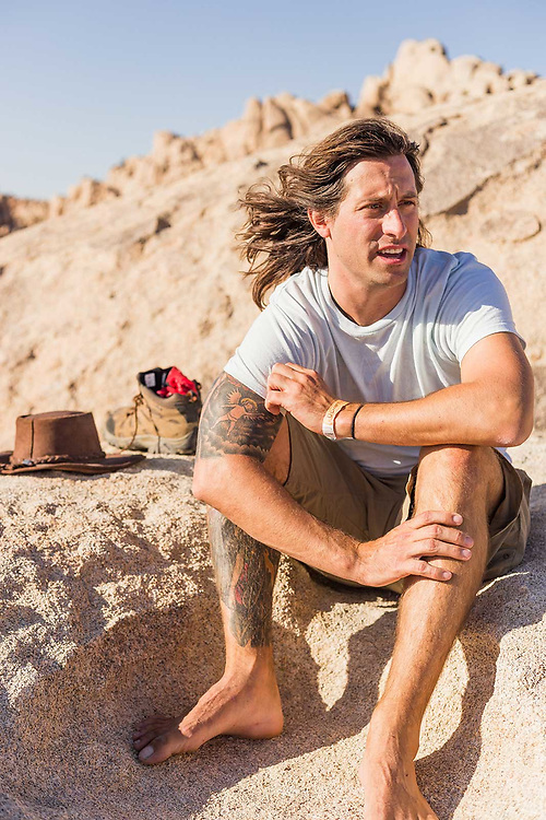 California desert lifestyle photographer Raymond Rudolph photographs friends in Joshua Tree National Park