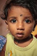 En flicka i ett slumområde, Bombay (Mumbai), Indien<br /> COPYRIGHT 2008 CHRISTINA SJÖGREN<br /> ALL RIGHTS RESERVED