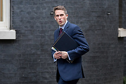 © Licensed to London News Pictures. 07/02/2017. London, UK. Chief Whip (Parliamentary Secretary to the Treasury) Gavin Williamson arriving at Downing Street for a Cabinet meeting this morning. Photo credit : Tom Nicholson/LNP