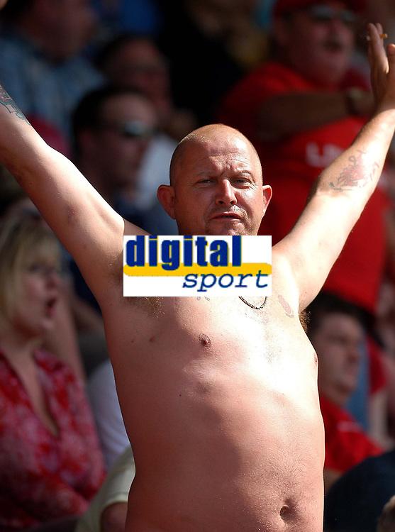 Photo: Alan Crowhurst.<br />Wycombe Wanderers v Wrexham. Coca Cola League 2.<br />05/08/2006. Wrexham fan.