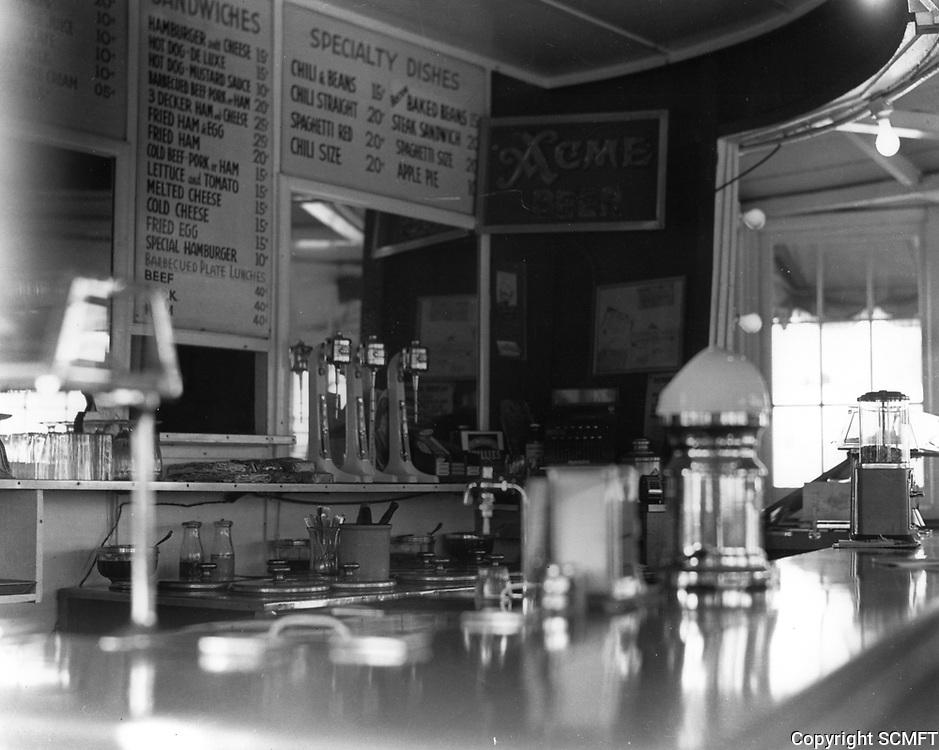 1939 Barrel Drive In at Washington Blvd. & Overland Ave.