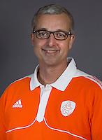 ALMERE - Bondscoach Robin Rosch. Nederlands Zaalhockey team dat zich voorbereidt voor het WK in Leipzig. COPYRIGHT KOEN SUYK