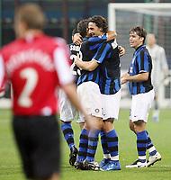 """Milano 02/10/2007 Stadio """"Giuseppe Meazza""""<br /> Champions League<br /> Group G - Matchday 2 -Inter Psv (2-0)<br /> Esultanza Zlatan Ibrahimovic (Inter) dopo il gol dell'1-0 con Cabelino Andrade Maxwell e Hernan Crespo<br /> Zlatan Ibrahimovic (Inter) celebrates with teammates Cabelino Andrade Maxwell, Hernan Crespo after scoring first goal<br /> Foto Luca Pagliaricci Insidefoto"""