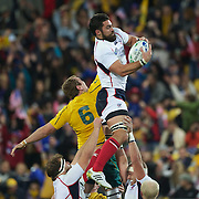 Pat Danahy, USA, wins a line out from Rocky Elsom, Australia, during the Australia V USA, Pool C match during the IRB Rugby World Cup tournament. Wellington Stadium, Wellington, New Zealand, 23rd September 2011. Photo Tim Clayton...