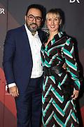 Adnan Maral mit Ehefrau Franziska auf dem Roten Teppich anlässlich der Verleihung des 41. Bayerischen Filmpreises 2019 am 17.01.2020 im Prinzregententheater München.