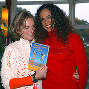 Boekpresentatie Pauline van Aken met Chimene van Oosterhout
