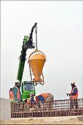 Nederland, Nijmegen, 26-11-2014Op een bouwplaats wordt beton gestort.FOTO: FLIP FRANSSEN/ HOLLANDSE HOOGTE