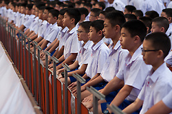 October 28, 2016 - Bangkok, Thailand - Some 1,250 students from the Assumption College flip their cards to form an image of Thailand's late King Bhumibol Adulyadej, in his honour, in Bangkok, Thailand, on October 28, 2016. (Credit Image: © Anusak Laowilas/NurPhoto via ZUMA Press)