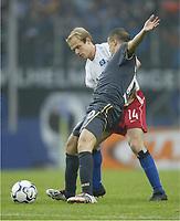 Bundesliga, 14. februar 2004,, v.l. David Jarolim, Andres D'ALESSANDRO Wolfsburg<br /> Bundesliga Hamburger SV - VfL Wolfsburg 2:0