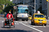 transport alternatives on 5th avenue in New York City in October 2008