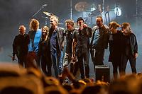 Magne Furuholmen, Morten Harket, Paul Waaktaar-Savoy i A-ha takker for seg etter sin konsert på Jugendfest 2018 på Color Line Stadion i Ålesund.