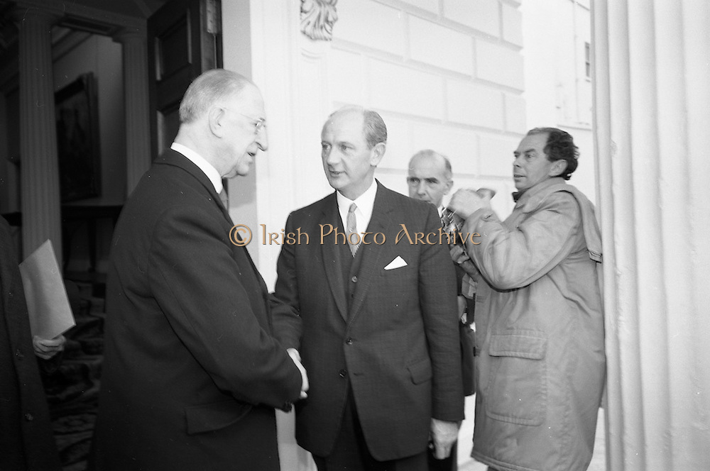 The new Taoiseach, Jack Lynch, recieves his seal of office from President Eamon de Valera at Áras an Uachtarain.<br /> 10.11.1966