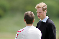 Photo: Paul Thomas.<br /> England Training Session. 01/06/2006.<br /> <br /> Prince William meets Michael Owen.