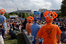 July 7, 2019 - Paris, France - Dutch fans came to see their football team during the Women's World Cup 2019 in France Final match between the United States of America and the Netherlands in front of the big screen FIFA Fan Experience in Paris - 07 July 2019 in Paris  (Credit Image: © Daniel Pier/NurPhoto via ZUMA Press)