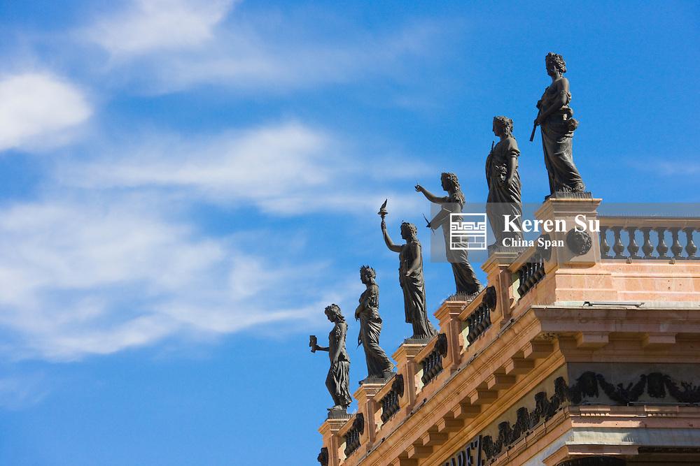 Statues on the rooftop of Teatro Juarez. Guanajuato, Mexico