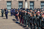 Medailleuitreiking op het Binnenhof.<br /> <br /> Op de foto: Koning Willem-Alexander