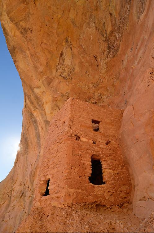 Native American cliff dwelling in Southern Utah.
