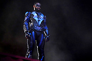 """Black Lightning -- """"The Book of Rebellion: Chapter Three: Angelitos Negros"""" -- Image BLK210b_0116r.jpg -- Pictured: Cress Williams as Black Lightning -- Photo: Jace Downs/The CW -- © 2019 The CW Network, LLC. All rights reserved"""