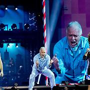 NLD/Amsterdam/20191115 - Chantals Pyjama Party in Ziggo Dome, Chantal Janzen en Peter Jan Rens en Tijl Beckand