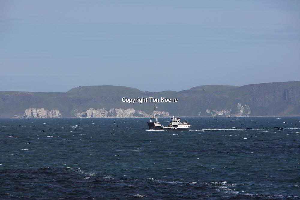 ferry between cathlin island and ballycastle