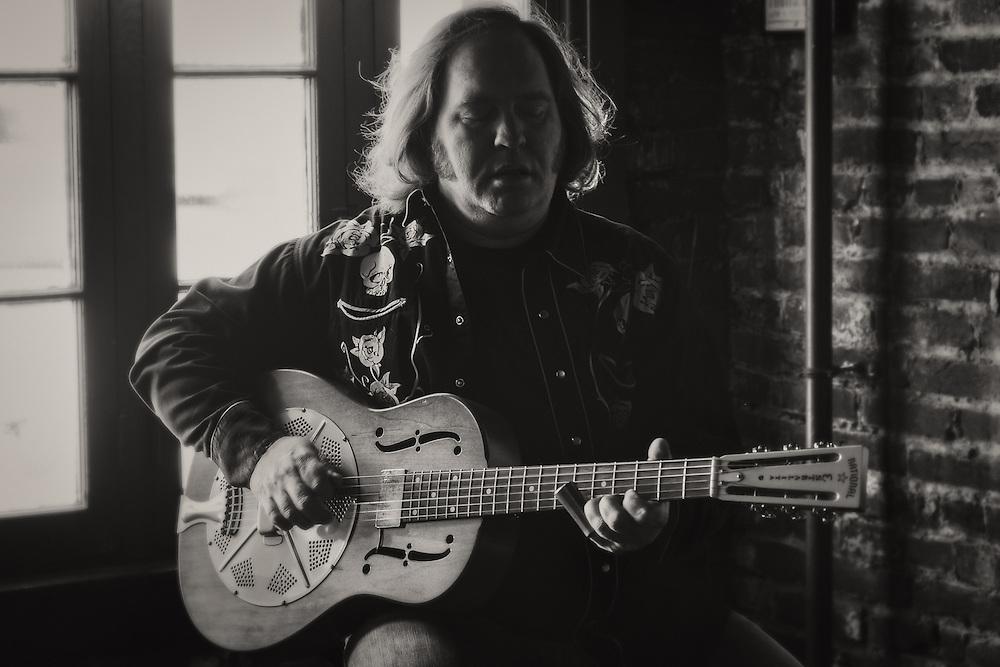 Screamin' John Hawkins at Stevie Rays in Louisville, KY.