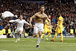 (l-r) Cristiano Ronaldo of Real Madrid during the UEFA Champions League quarter final match between Real Madrid and Juventus FC at the Santiago Bernabeu stadium on April 11, 2018 in Madrid, Spain