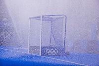 TOKIO -  sproeien , water tijdens de hockeywedstrijd in de halve finale vrouwen, Argentinië-India  (2-1) ,   tijdens de Olympische Spelen van Tokio 2020. Argentinië plaatst zich voor de finale.  COPYRIGHT KOEN SUYK