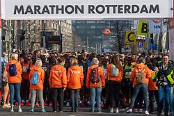 07-04-2019 NED: 39e NN Rotterdam Marathon, Rotterdam<br /> Start marathon, shoes, waiting