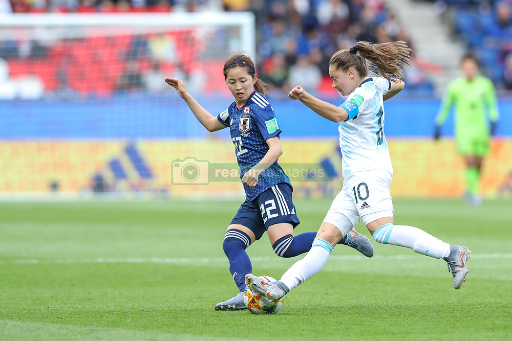 June 10, 2019: Paris, France: Estefania Banini  of Argentina and  Shimizu   of Japan game valid for group D of the first phase of the Women's Soccer World Cup in the Parc Des Princes. (Credit Image: © Vanessa Carvalho/ZUMA Wire)