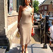 NLD/Naarden/20050527 - Huwelijk jongste zus Rene Froger, visagiste Esther Oosterbeek