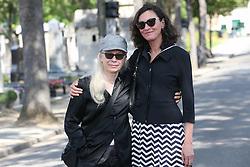 Beerdigung von Sonia Rykiel auf dem Friedhof Montparnasse in Paris / 010916 *** Grench photographer Dominique Issermann during the funeral of the late French fashion designer Sonia Rykiel, at the Montparnasse cemetery in Paris, France, September 1 2016.