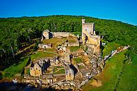 France, Aquitaine, Dordogne (24), Perigord Noir, vallee de la Beune, les ruines du chateau de Commarque  // France, Aquitaine, Dordogne, Perigord Noir, Beune valley, Commarque castle