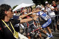 "Sykkel<br /> Tour de France 2010<br /> 09.07.2010<br /> Foto: PhotoNews/Digitalsport<br /> NORWAY ONLY<br /> <br /> 6e etappe  - Montargis  Gueugnon<br /> <br /> na de finish val Carlos Barredo Llamazales (Quick Step - Quickstep) - Rui Alberto Faria Da Costa (Caisse ""D'Epargne)"