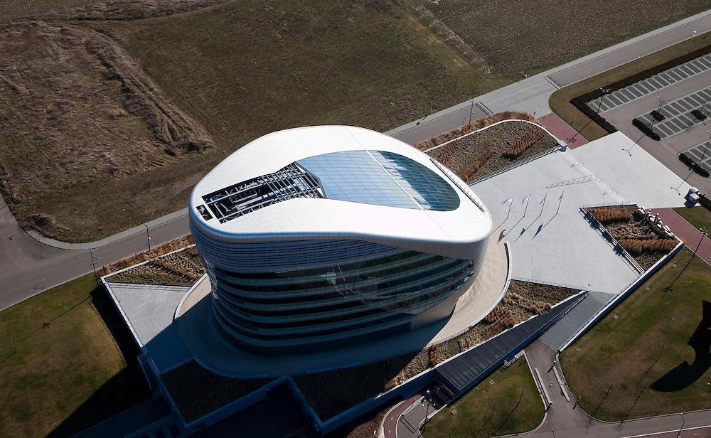 Nederland, Limburg, Gemeente Sittard-Geleen., 07-03-2010; hoofdkantoor SABIC (Saudi Basic Industries Corporation), petrochemische industrie uit Saoedi-Arabie.luchtfoto (toeslag), aerial photo (additional fee required).foto/photo Siebe Swart