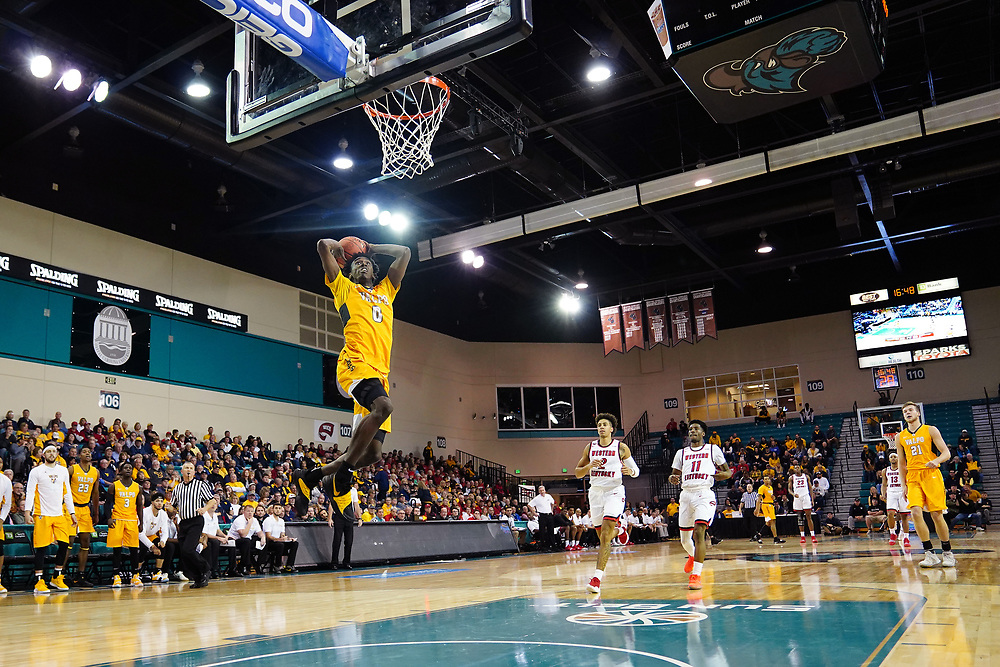 Conway, SC - November 15, 2018 - HTC Center: XXXXX (XX) of the Valparaiso University Crusaders / Western Kentucky University Hilltoppers during the 2018 Myrtle Beach Invitational.<br /> (Photo by Joe Faraoni / ESPN Images)