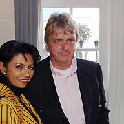 Modeshow Sheila de Vries, Laura Fygi en haar man Jacques Buhling