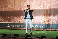 19.08.2014, Allianz Arena, Muenchen, GER, 1. FBL, FC Bayern Muenchen, Praesentation Mannschaftsbus Lions Coach, im Bild Illusionist Julius Frack praesentiert den neuen Mannschaftsbus des FC Bayern Muenchen // during the Presentation of the Lions Coach of German Bundesliga Club FC Bayern Munich at the Allianz Arena in Muenchen, Germany on 2014/08/19. EXPA Pictures © 2014, PhotoCredit: EXPA/ Eibner-Pressefoto/ Kolbert<br /> <br /> *****ATTENTION - OUT of GER*****