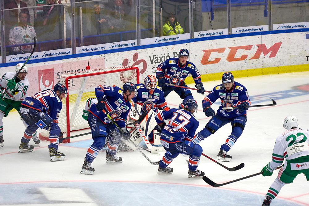 2021-09-25 VÄXJÖ<br /> Växjö Lakers - Rögle BK<br /> SHL Omgång 5<br /> <br /> 3-2 SLUT<br /> <br />  ***betalbild***<br /> <br /> Foto: Peo Möller<br /> <br /> SHL, ishockey, Växjö Lakers, is, rink, spelare, hockey, hockeyspelare, Växjö, ishall, Vida Arena, Rögle BK, Rögle