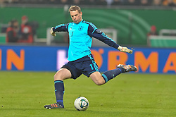15.11.2011, Imtech Arena, Hamburg, GER, FSP, Deutschland (GER) vs Holland (NED), im Bild Einzelaktion Torhueter Manuel Neuer (GER #01) // during the Match Gemany (GER) vs Netherland (NED) on 2011/11/15,  Imtech Arena, Hamburg, Germany. EXPA Pictures © 2011, PhotoCredit: EXPA/ nph/ Kokenge..***** ATTENTION - OUT OF GER, CRO *****