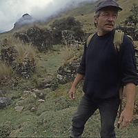 Dr. Peter Lerche at ruin, Incapirca.