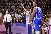 DESCRIZIONE : Campionato 2014/15 Serie A Beko Grissin Bon Reggio Emilia -  Dinamo Banco di Sardegna Sassar Finale Playoff Gara1<br /> GIOCATORE : Darius Lavrinovic<br /> CATEGORIA : Ritratto Esultanza Panchina<br /> SQUADRA : Grissin Bon Reggio Emilia<br /> EVENTO : LegaBasket Serie A Beko 2014/2015<br /> GARA : Grissin Bon Reggio Emilia - Dinamo Banco di Sardegna Sassari Finale Playoff Gara1<br /> DATA : 14/06/2015<br /> SPORT : Pallacanestro <br /> AUTORE : Agenzia Ciamillo-Castoria/GiulioCiamillo