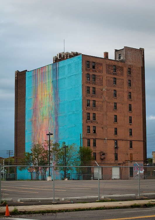 Building in Detroit with an abstract mural.