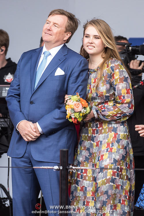 NLD/Amersfoort/20190427 - Koningsdag Amersfoort 2019, Koning Willem Alexander met Prinses Amalia