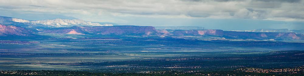 USA, West, Southwest, Utah, UT, desert, Panorama of the Southwestern desert.