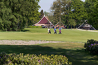 WINTERSWIJK -  Hole 1 met clubhuis, Scholten Boerderij. Golf & Country Club Winterswijk, golfbaan De Voortwisch.     COPYRIGHT  KOEN SUYK
