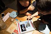 Restaurant menu is on a notepad or Ipad. Customers can choose their menu and pay everything on wifi with their cashless telephone, interacting with the menu on the notebook, the order goes directly to the kitchen.