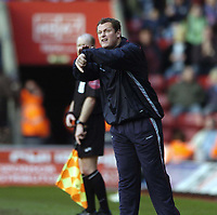Photo: Jonathan Butler.<br />Southampton v Ipswich Town. Coca Cola Championship. 24/02/2007.<br />Jim Magilton Ipswich Town manager signals to the referee.