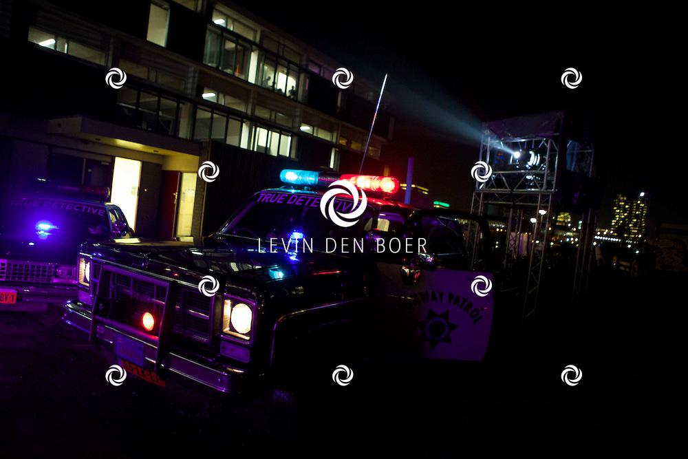 AMSTERDAM - De premiere van de nieuwe tv serie 'True Detective' van HBO. Met op de rode loper  Amerikaanse Politieauto. FOTO LEVIN DEN BOER - PERSFOTO.NU