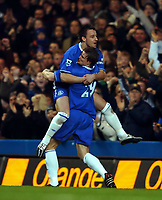 Fotball<br /> FA-cup 2005<br /> Chelsea v Birmingham<br /> 30. januar 2005<br /> Foto: Digitalsport<br /> NORWAY ONLY<br /> John Terry celebrates with goalscorer Robert Huth Chelsea