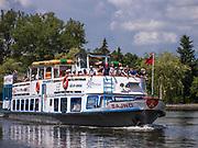 Rzeka Netta - statek wycieczkowy, Augustów, Polska<br /> Netta river - cruise ship, Augustów, Poland